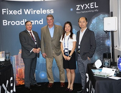 Zyxel team at MWC19 Los Angeles-1